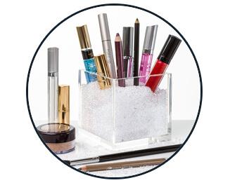 pretty-display-acrylic-cube-organizer