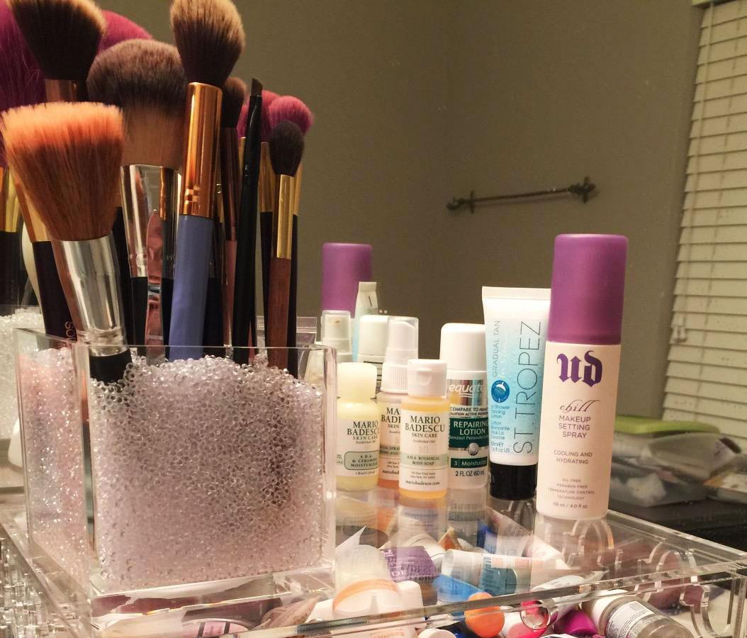 Makeup-Organizer-Cube