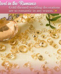 gold table confetti