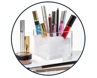 pretty-display-acrylic-cube-organizer